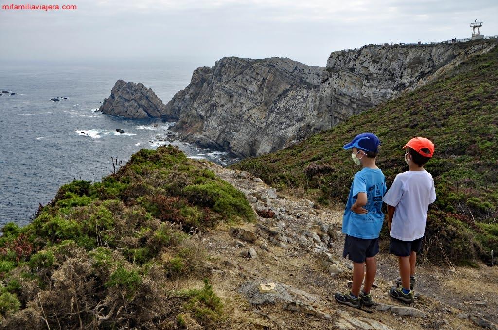 Senderismo con niños en Asturias Senda costera