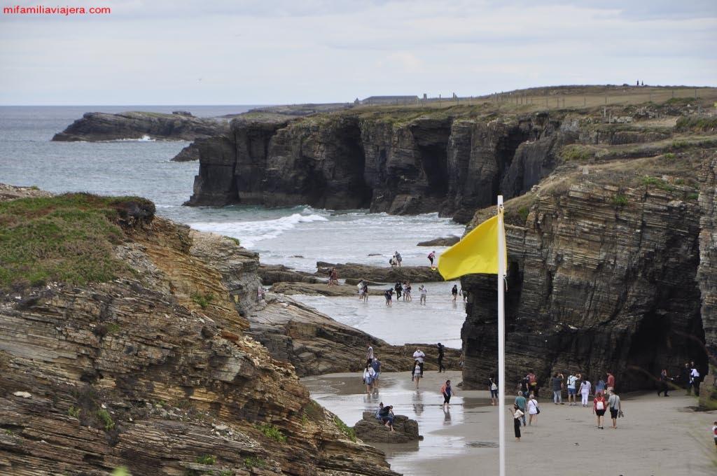 Vista desde los acantilados de la Playa de las Catedrales