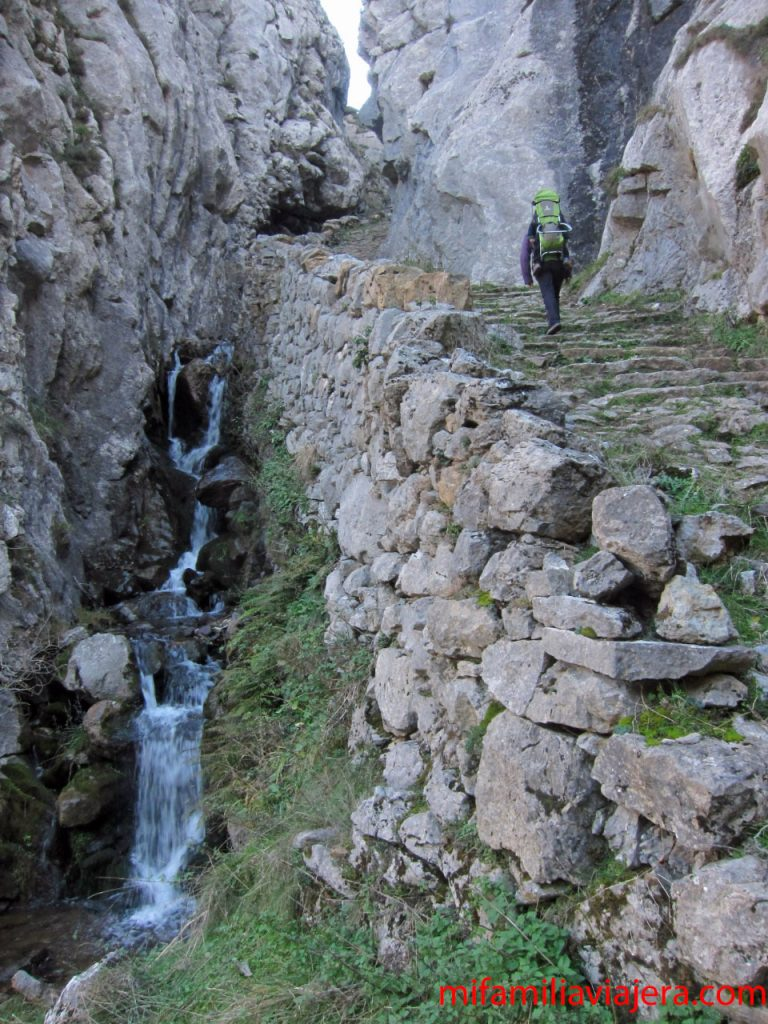 Ruta de las Brañas, Saliencia, Asturias