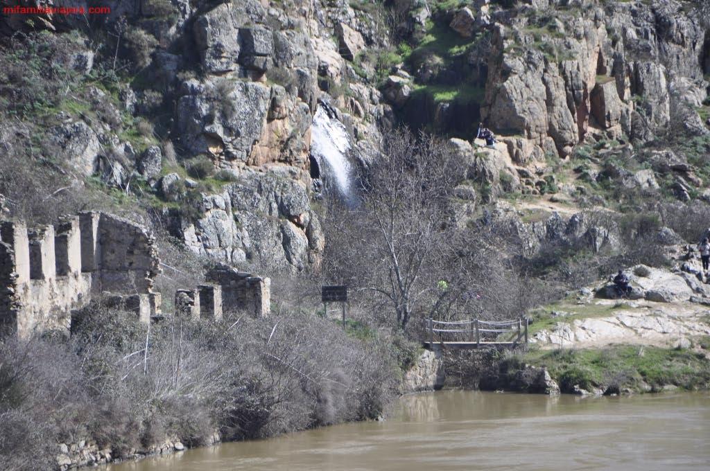 Ruinas de la antigua mina de estaño