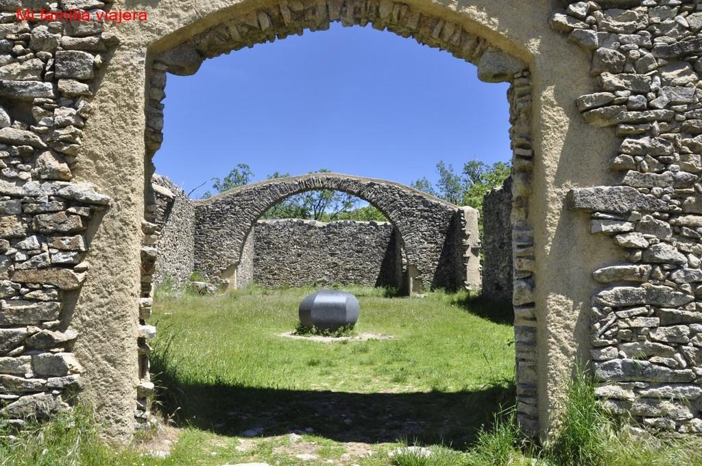 """Ermita de San Marcos - """"Asteroide S 09 2010"""""""