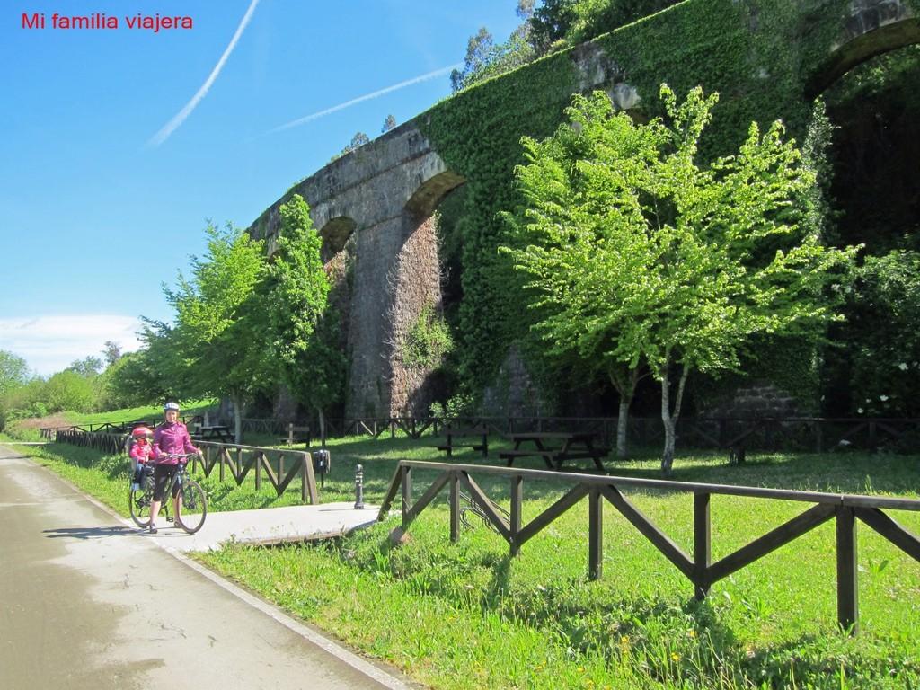 Acueducto (Santiurde de Toranzo)