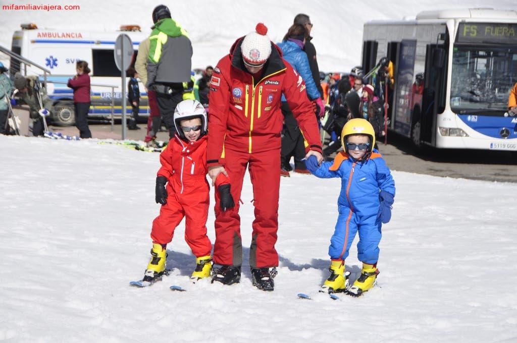 Monitor Escuela Española de Esquí y Snowboard de San Isidro