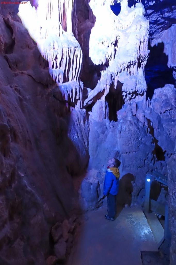 Cueva de los Franceses, Espacio Natural Protegido de Covalagua, Geoparque de Las Loras, Revilla de Pomar, Palencia