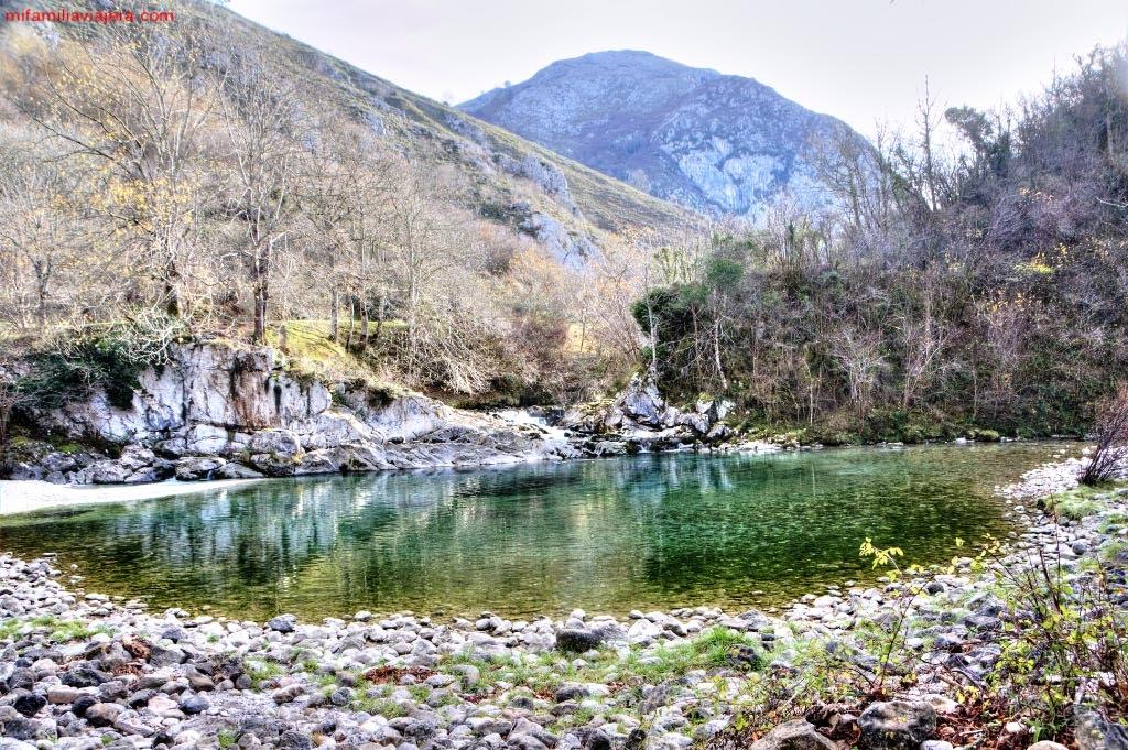 Senderismo con niños en Asturias Olla de San Vicente, Hoya de San Vicente, Cangas de Onis, Asturias