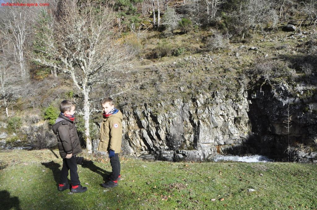 Sendero de las Cascadas de Puente Ra
