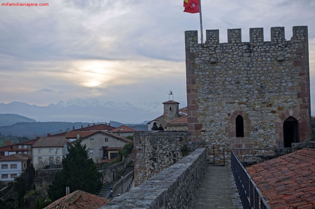 Castillo de San Vicente de la Barquera, Cantabria