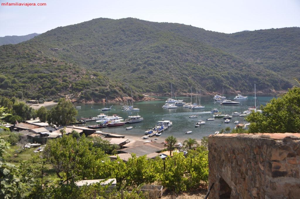 Bahía de Girolata, Córcega