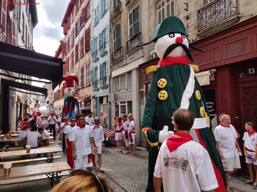 Festival estival, Bayona