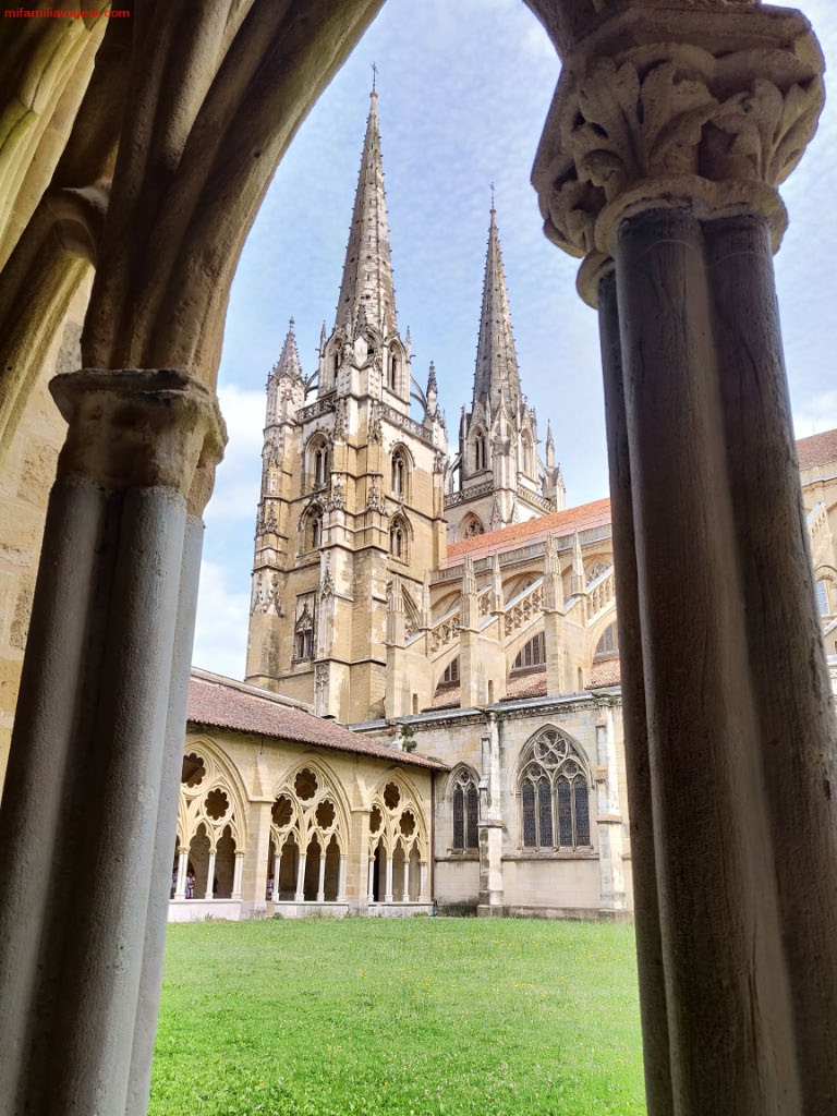 Catedral de Santa María, Bayona