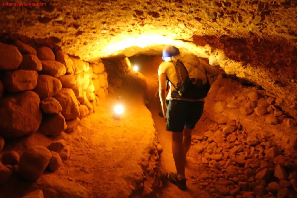 Túnel de unos 100 m de longitud