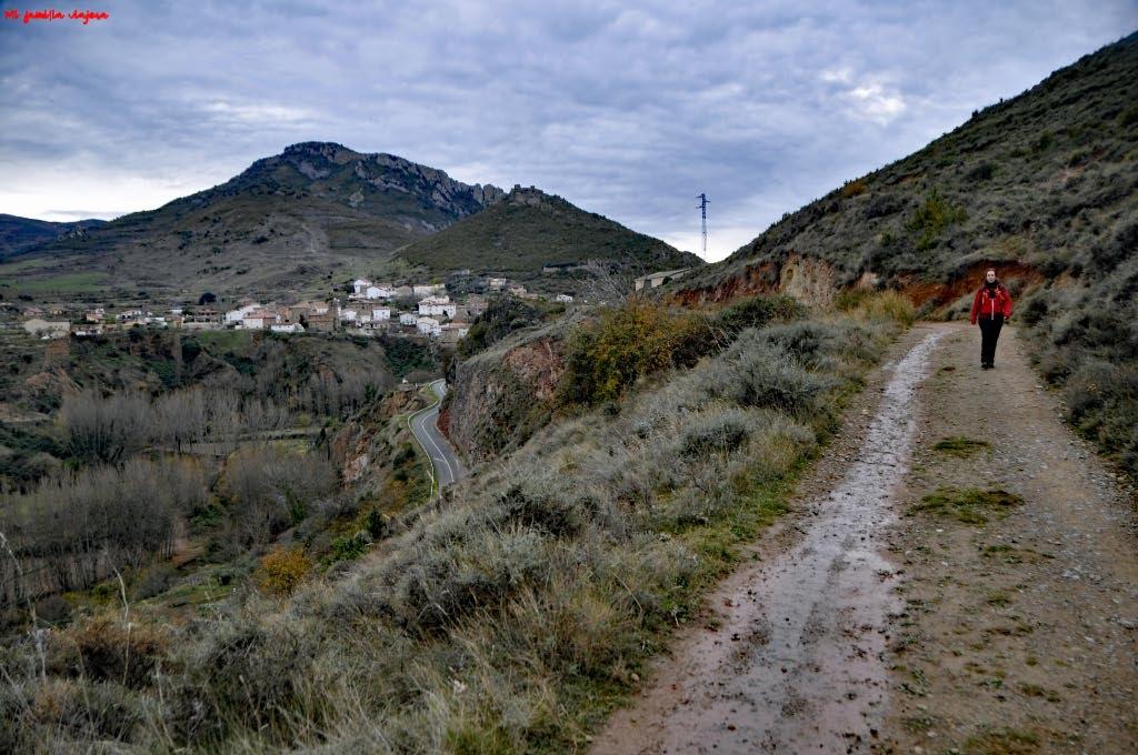 Camino hacia la Ermita de la Virgen del Prado