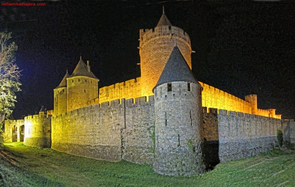 Carcassonne iluminado