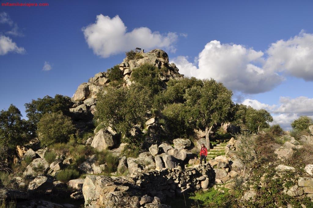 Promontorio granítico sobre el que se sitúa el mirador