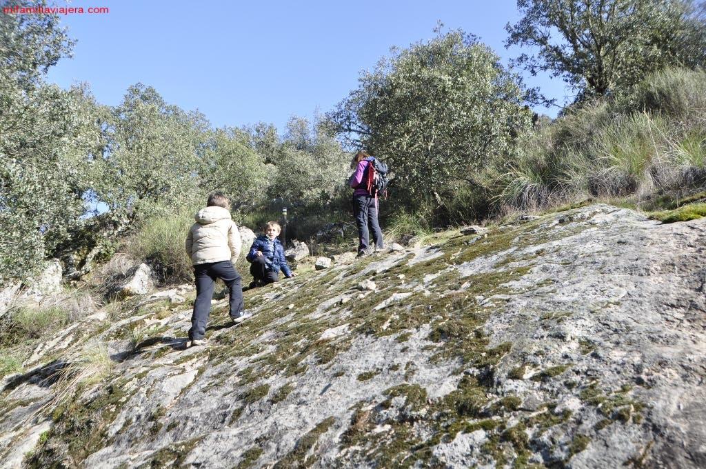 Lanchas de roca granítica